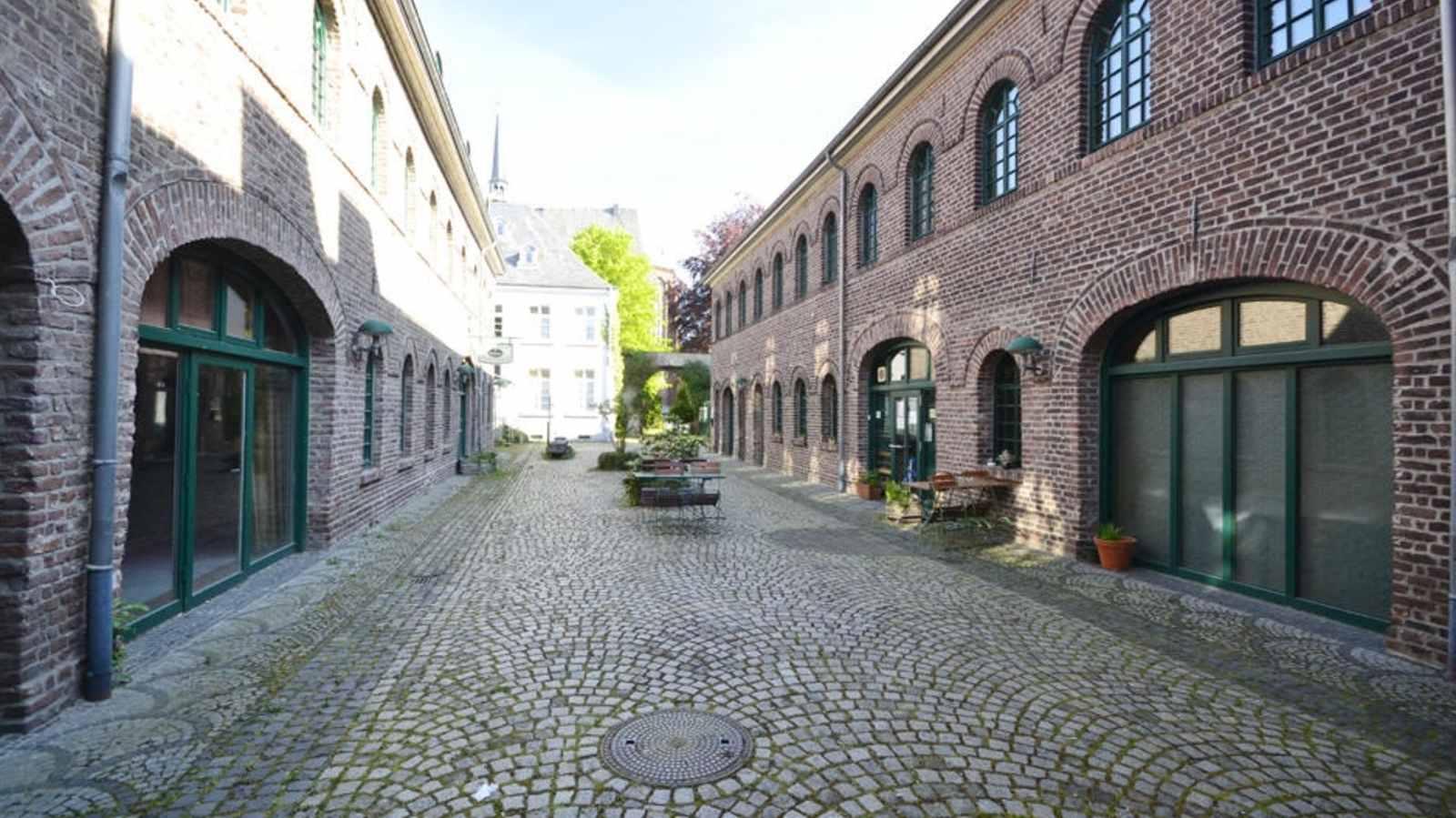 Gutshofwohnen im Zentrum  in Krefeld