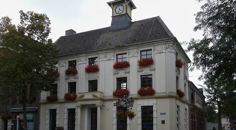 Gutshofwohnen im Zentrum  in Krefeld, Der Standort, Bild 2