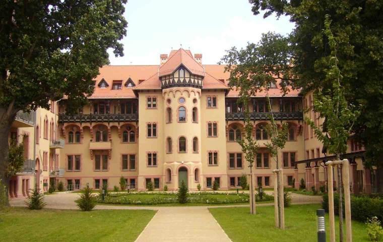 Kaiserin-Augusta-Stift